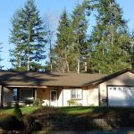 Home in Excellent Condition in a Private Community
