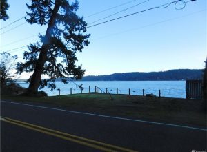 Hood Canal Waterfront W/ Tidelands